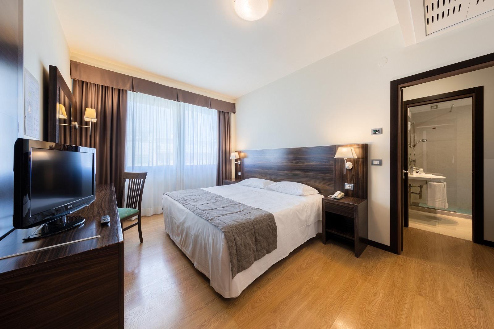 camera-doppia-delfino-hotel-mestre