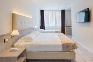 triple-room-delfino-hotel-venice-mestre